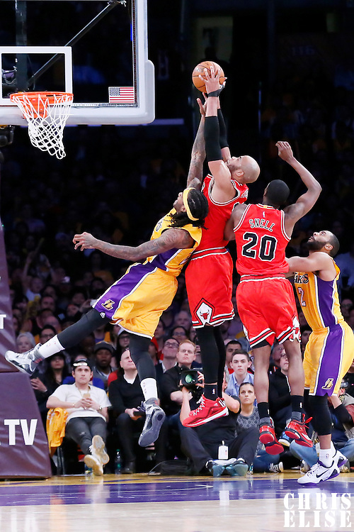 29 January 2015: Chicago Bulls forward Taj Gibson (22) vies for the rebound with Los Angeles Lakers center Jordan Hill (27) during the Los Angeles Lakers 123-118 2OT victory over the Chicago Bulls, at the Staples Center, Los Angeles, California, USA.
