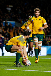 Australia Winger Adam Ashley-Cooper scores his 3rd try of the game - Mandatory byline: Rogan Thomson/JMP - 07966 386802 - 25/10/2015 - RUGBY UNION - Twickenham Stadium - London, England - Argentina v Australia - Rugby World Cup 2015 Semi Finals.
