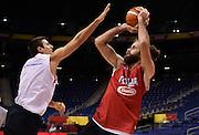 DESCRIZIONE : Berlino EuroBasket 2015 - allenamento<br /> GIOCATORE : Luigi Datome<br /> CATEGORIA : allenamento<br /> SQUADRA : Italia Italy<br /> EVENTO : EuroBasket 2015<br /> GARA : Berlino EuroBasket 2015 - allenamento<br /> DATA : 03/09/2015<br /> SPORT : Pallacanestro<br /> AUTORE : Agenzia Ciamillo-Castoria/R.Morgano<br /> Galleria : FIP Nazionali 2015<br /> Fotonotizia : Berlino EuroBasket 2015 - allenamento