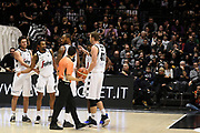 team , time out  , Pajola Alessandro ,Punter Kevin, M'Baye Amath , Qvale Brian<br /> Segafredo Virtus Bologna - Germani Basket Brescia <br /> Bologna Unipol Arena	88-80 <br /> 06/01/2019 Ore 18:15<br /> foto GiulioCiamillo/Ciamillo