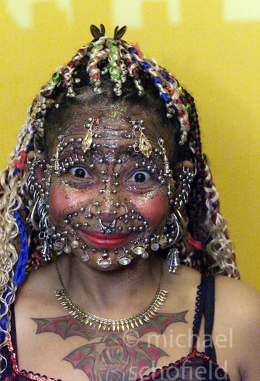 Elaine Davidson, most pierced woman in the world ...