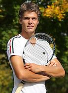 Tennis Profi Peter Heller (GER), Portrait,Halbkoerper,Hochformat,privat