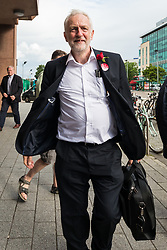 © Licensed to London News Pictures. 07/06/2017. London, UK. JEREMY CORBYN arrives at Watford Junction station after speaking at a rally in Watford the day before Britain heads to the polls for the General Election. Photo credit: Rob Pinney/LNP
