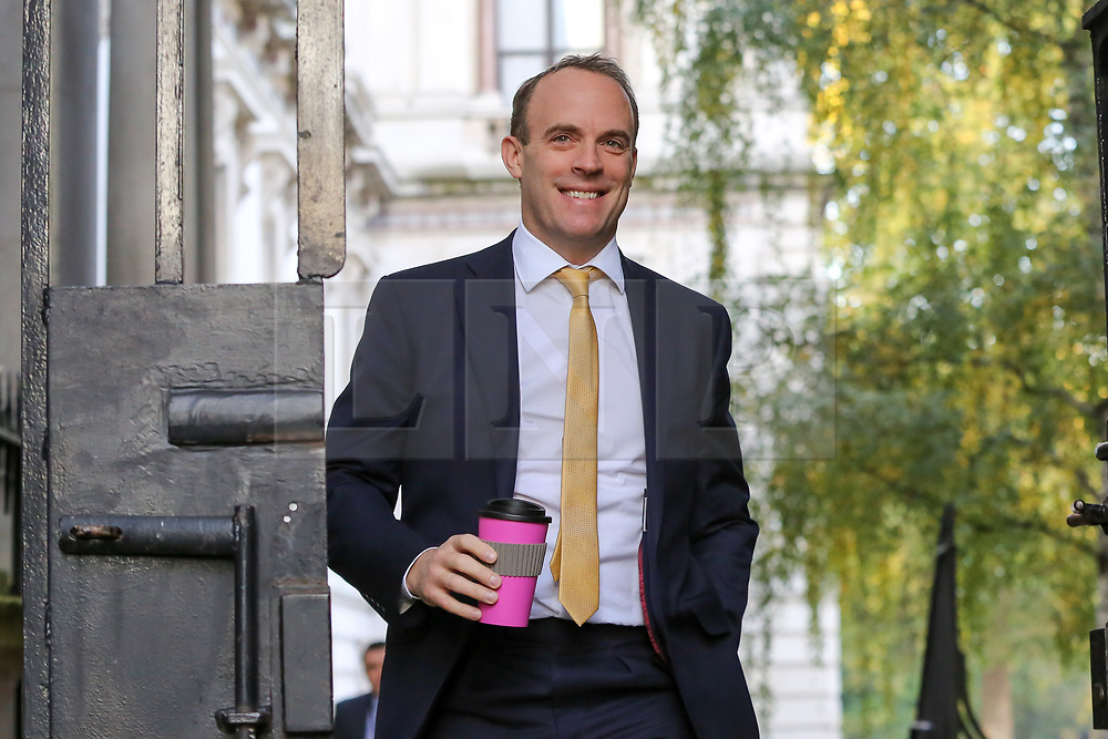© Licensed to London News Pictures. 22/10/2019. London, UK. Foreign SecretaryDOMINIC RAAB arrives in Downing Street to attend the weekly cabinet meeting. Photo credit: Dinendra Haria/LNP