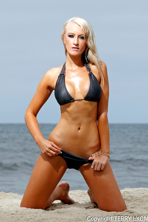 Beach Babes shoot, Kahlie Parker Black bikini supplied by Cebiche Swimwear, photos by Terry Lyon , Terry Lyon Photography