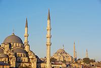 Turquie, Istanbul, mosque Suleymaniye et Yeni Cami // Turkey, Istanbul, Suleymaniye and Yeni Cami mosque