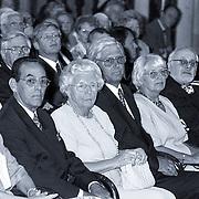NLD/Amsterdam/19930625 - Uitreiking Zilveren Anjers door Pr. Bernhard in het Koninklijk Paleis Amsterdam, prinses Juliana