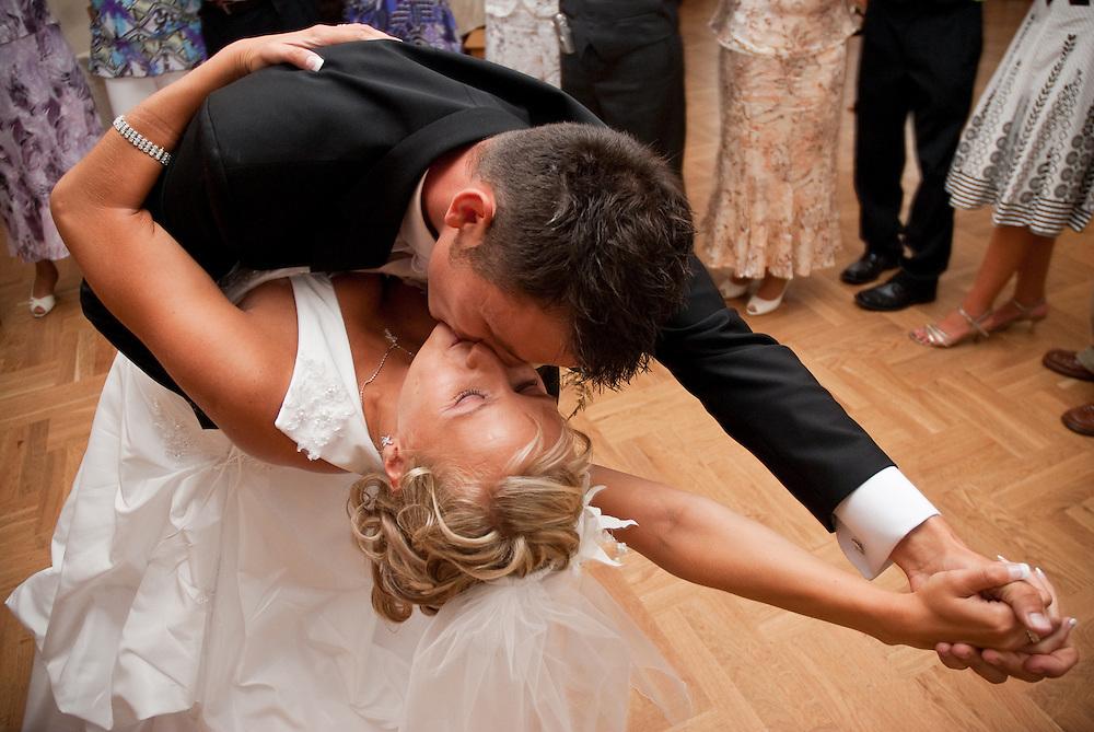 Documentary wedding photography by Derek Knight