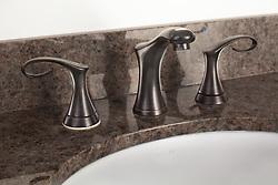 Bathroom faucet set