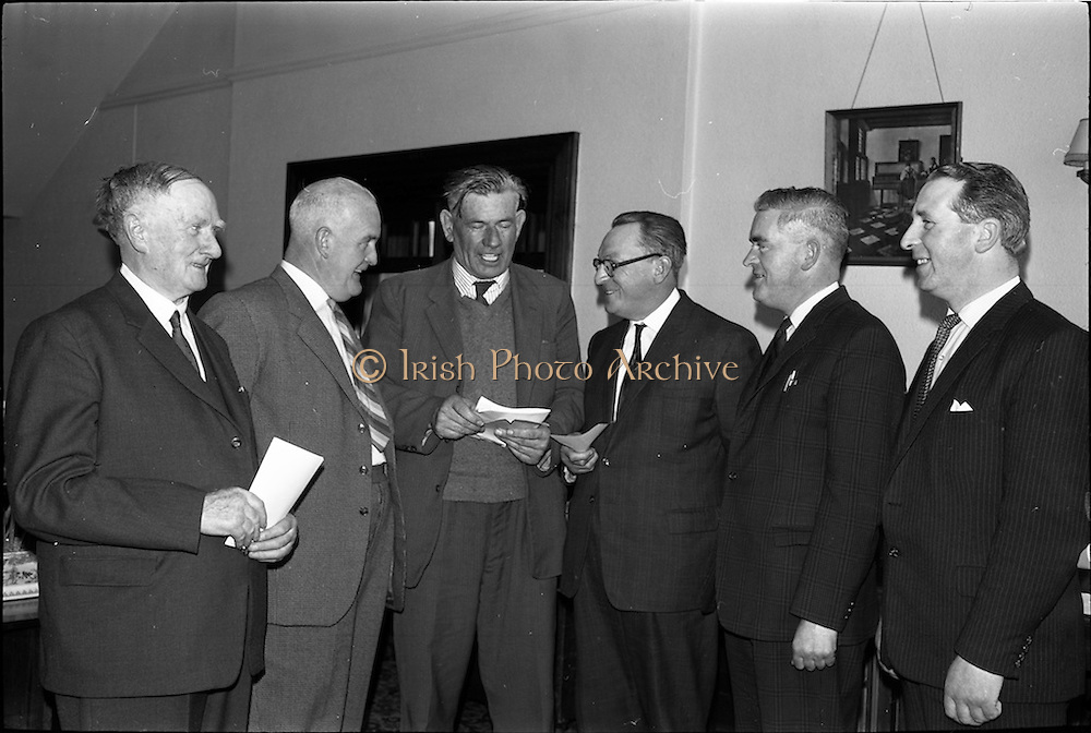 30/05/1964<br /> 05/30/1964<br /> 30 May 1964<br /> Licensed Road Transport Association Annual General Meeting at the Clarence Hotel, Dublin. Picture shows a group of newly appointed executives of the Association (l-r): Mr. M.J. O'Connor of Messrs M.J. O'Connor and Co., (Dublin), Secretary; Mr. D.F. Healy, (Cork), Trustee; Mr. Al Kelly, (Carlow) President; Mr. John Mulcahy, (Mitchelstown) Vice-President; Mr. T. Gilece, (Naas) Trustee and Mr. Eamon E. Cullen, (Enniscorthy) Honorary Treasurer.