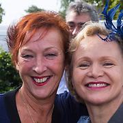 NLD/Blaricum/20130917 - Huwelijk Liz Snoyink en Nicolaas, Rene Soutendijk en Loes Luca