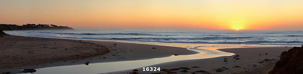 Torquay Surf Beach sunrise