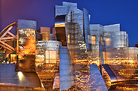 Housed in a striking stainless steel and brick building designed by architect Frank Gehry, the Weisman Art Museum sits on the bluffs of the Mississippi and the campus of the University of Minnesota.