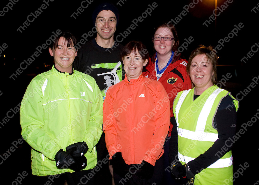 Pictured meeting at Sixmilebridge GAA club on Thursday 6th January  for the new running club were Katriona Carmody, Michael Collins, Julie McElligott, Danielle McInerney &amp; Sandra McNamara (All Sixmilebridge).<br /> Pic Emma Jervis / Press 22
