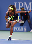 09.SEPTEMBER.2012. NEWYORK<br /> <br /> SERENA WILLIAMS Vs VICTORIA AZARENKA IN THE FINAL OF THE WOMENS SINGLES AT THE US OPEN TENNIS TOURNAMENT HELD IN NEW YORK CITY.<br /> <br /> BYLINE: EDBIMAGEARCHIVE.CO.UK<br /> <br /> *THIS IMAGE IS STRICTLY FOR UK NEWSPAPERS AND MAGAZINES ONLY*<br /> *FOR WORLD WIDE SALES AND WEB USE PLEASE CONTACT EDBIMAGEARCHIVE - 0208 954 5968*