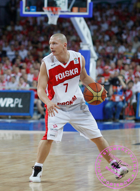 Wroclaw 07/09/2009.EuroBasket 2009.Preliminary Round - Group D.Poland v Bulgaria.Krzysztof Szubarga of Poland ..Photo by : Piotr Hawalej / WROFOTO