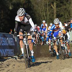 Nederlands Kampioenschap veldrijden Gasselte beloften Mathieu van der Poel onderweg naar zijn eerste titel bij de beloften