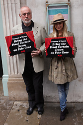 © licensed to London News Pictures. LONDON, UK  05/05/2011. Actors Peter Egan (R), Carley Stenson (R) and Jenny Seagrove (not pictured) protest on behalf of PETA outside Fortum & Mason in Piccadilly. PETA wants the store to stop selling Foie Gras claiming the methods used in its production are cruel. Please see special instructions for usage rates. Photo credit should read CLIFF HIDE/LNP
