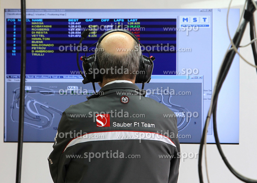 09.03.2011, Circuit de Catalunya, Barcelona, ESP, Formel 1 Test 4 2011,  im Bild Peter Sauber (SUI), Team Chef Sauber F1 Team .EXPA Pictures © 2011, PhotoCredit: EXPA/ nph/  Poleposition.at       ****** only for AUT ans SLO *******
