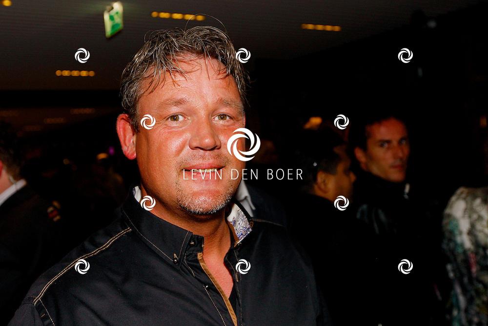 AMSTERDAM - Na het concert van De Toppers is er de welbekende VIP PARTY voor alle bekende Nederlanders. Met hier op de foto