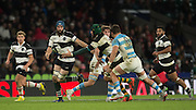 Twickenham, United Kingdom, Victor MATFIELD passes the ball, outside to Scott FARDY, to run onto, during the  into Killik Cup Match, Barbarians vs Argentina, RFU Stadium, Twickenham, England,<br /> <br /> Saturday    21/11/2015  <br /> <br /> [Mandatory Credit; Peter Spurrier/Intersport-images]