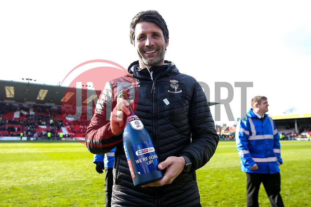 Lincoln City manager Danny Cowley celebrates winning promotion from Sky Bet League Two to Sky Bet League One - Mandatory by-line: Robbie Stephenson/JMP - 13/04/2019 - FOOTBALL - Sincil Bank Stadium - Lincoln, England - Lincoln City v Cheltenham Town - Sky Bet League Two