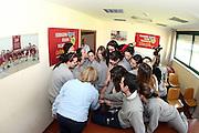 ROMA 27.03.2010<br /> PROGETTO COLLEGE ITALIA <br /> NELLA FOTO: LE ATLETE DEL TEAM COLLEGE ITALIA DOPO UNA RIUNIONE PREPARTITA TENUTA AL CENTRO SPORTIVO GIULIO ONESTI ALL'ACQUA ACETOSA