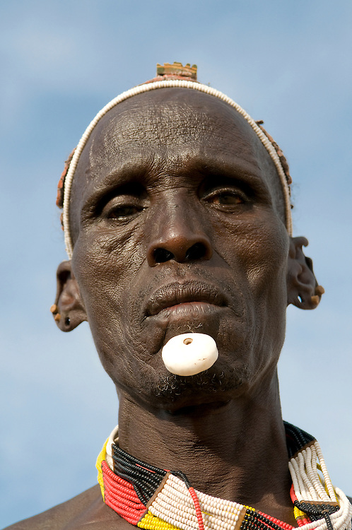Warrior of the Karo tribe, Omovalley,Ethiopia,Africa