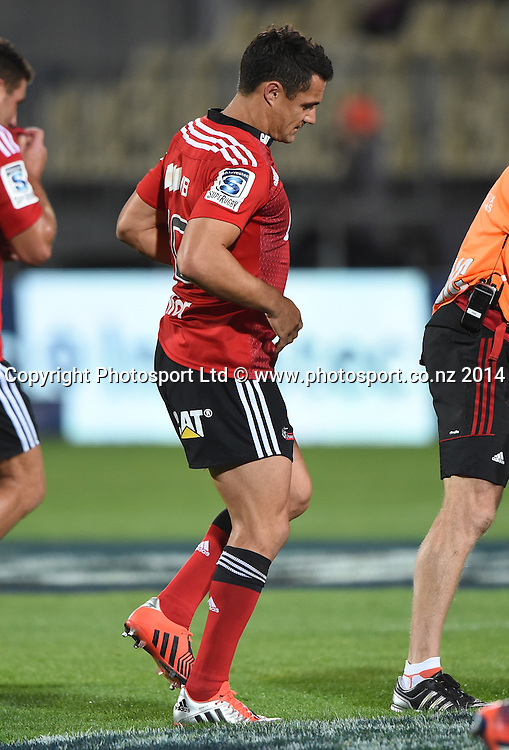 An injured Dan Carter. Crusaders v Rebels. Super Rugby. Christchurch, New Zealand. Friday 13 February 2015. Copyright Photo: Andrew Cornaga / www.photosport.co.nz