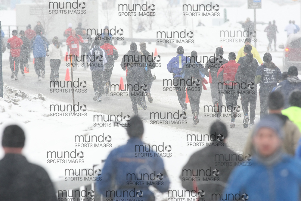 Ottawa, Canada ---22/02/09---Competitors running in the first annual Ottawa Winterman marathon, half-marathon, and 10k. Photo copyright Sean Burges/Mundo Sport Images, 2009.