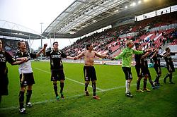 08-11-2009 VOETBAL: FC UTRECHT - HEERENVEEN: UTRECHT<br /> Utrecht verliest met 3-2 van Heerenveen / Heerenveen bedankt de supporters<br /> ©2009-WWW.FOTOHOOGENDOORN.NL