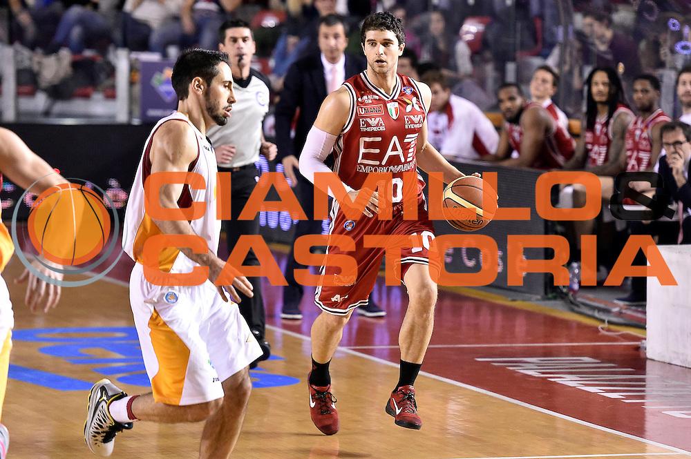 DESCRIZIONE : Roma Lega A 2014-2015 Acea Roma EA7 Emporio Armani Milano<br /> GIOCATORE : Trent Meacham<br /> CATEGORIA : palleggio<br /> SQUADRA : EA7 Emporio Armani Milano<br /> EVENTO : Campionato Lega A 2014-2015<br /> GARA : Acea Roma EA7 Emporio Armani Milano<br /> DATA : 21/12/2014<br /> SPORT : Pallacanestro<br /> AUTORE : Agenzia Ciamillo-Castoria/Max.Ceretti<br /> GALLERIA : Lega Basket A 2014-2015<br /> FOTONOTIZIA : Roma Lega A 2014-2015 Acea Roma EA7 Emporio Armani Milano<br /> PREDEFINITA :