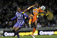 Fotball<br /> Frankrike<br /> Foto: Dppi/Digitalsport<br /> NORWAY ONLY<br /> <br /> FOOTBALL - FRENCH CHAMPIONSHIP 2010/2011 - L1 - TOULOUSE FC v FC LORIENT - 18/12/2010<br /> <br /> LYNEL DARCY KITAMBALA (FCL) / MOHAMED FOFANA (TFC)