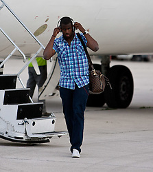 20.05.2010, Flughafen, Klagenfurt, AUT, WM Vorbereitung, Kamerun Ankunft im Bild Sebastien Bassong, Abwehr, Nationalteam Kamerun (Tottenham Hotspur), EXPA Pictures © 2010, PhotoCredit: EXPA/ J. Feichter / SPORTIDA PHOTO AGENCY