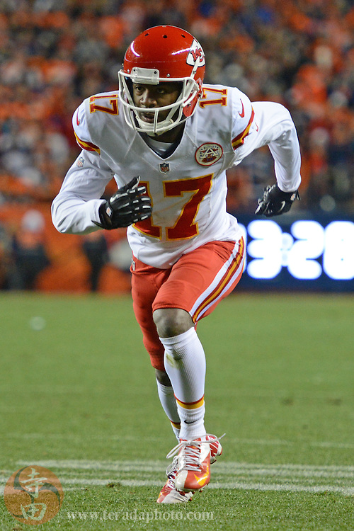 November 17, 2013; Denver, CO, USA; Kansas City Chiefs wide receiver Donnie Avery (17) runs a route during the second quarter against the Denver Broncos at Sports Authority Field at Mile High. The Broncos defeated the Chiefs 27-17.