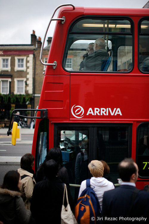 UK ENGLAND LONDON 1MAY12 - People queue at a double-decker bus on Upper street in Islington, north London.....jre/Photo by Jiri Rezac....© Jiri Rezac 2012