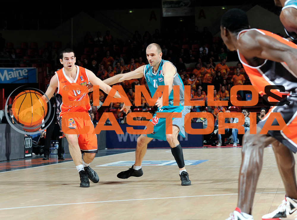 DESCRIZIONE : Coupe de France  Antares Le Mans<br /> GIOCATORE : Rochestie Taylor<br /> SQUADRA : Le Mans <br /> EVENTO : Coupe de France <br /> GARA : Le Mans Pau<br /> DATA : 10/01/2012<br /> CATEGORIA : Basketball  Homme <br /> SPORT : Basketball<br /> AUTORE : JF Molliere<br /> Galleria : France Basket 2011-2012 Action<br /> Fotonotizia : Coupe de France Basket Homme<br /> Predefinita :