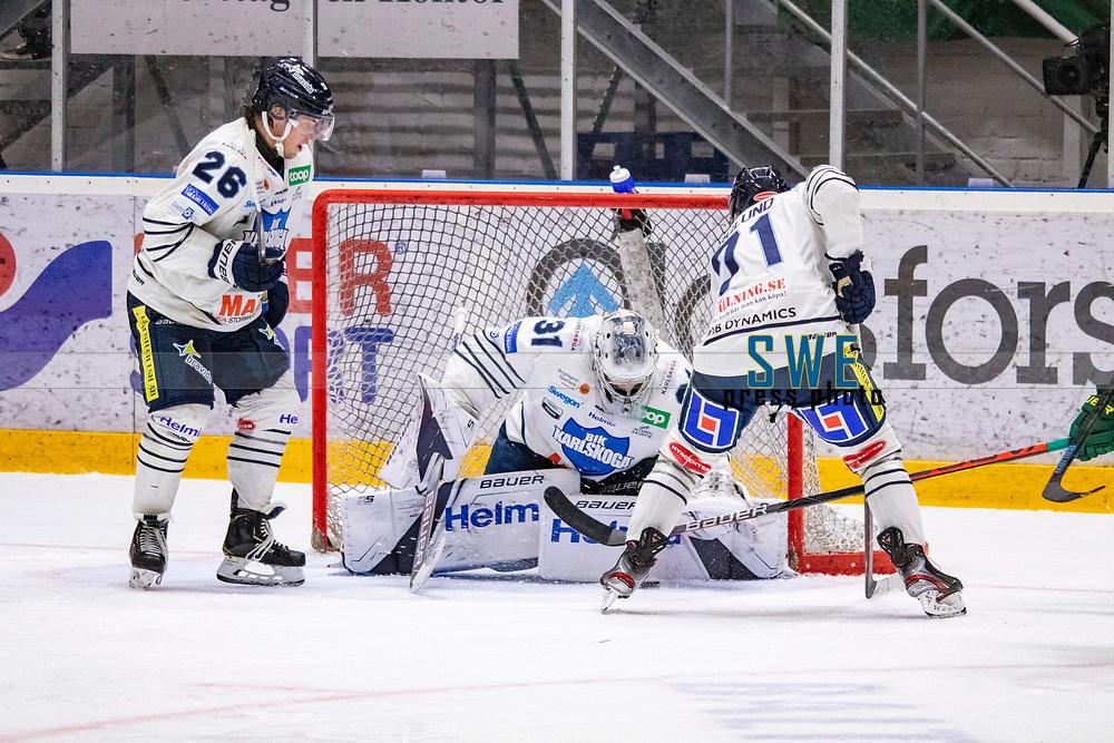 2019-10-09 | Umeå, Sweden: BIK målvakt 31 Tim Juel taking care of the puck  during the game  between Björklöven and Karlskoga at A3 Arena ( Photo by: Michael Lundström | Swe Press Photo )<br /> <br /> Keywords: Umeå, Hockey, HockeyAllsvenskan, A3 Arena, Björklöven, Karlskoga, bk191009