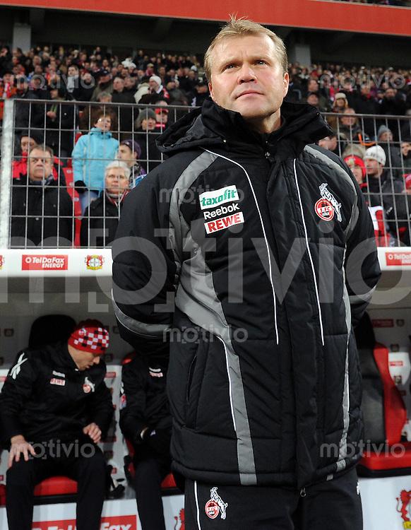FUSSBALL   1. BUNDESLIGA   SAISON 2010/2010   15. SPIELTAG Bayer 04 Leverkusen - 1. FC Koeln                            05.12.2010 Trainer Frank Schaefer (1. FC Koeln)