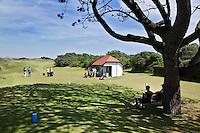 NEWCASTLE NORTHERN IRELAND-  Hole 1met startershuis.     , ROYAL COUNTY DOWN GC, nr. 3 van de wereldranglijst. .  COPYRIGHT KOEN SUYK