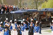 Her Majesty the queen and members of the royal family celebrate Saturday 29 April 2006 Queensday in the province flevoland in the cities  Zeewolde and almere.<br /> <br /> Hare Majesteit de Koningin en leden van de Koninklijke Familie vieren zaterdag 29 april 2006 Koninginnedag mee in de provincie Flevoland en wel in Zeewolde en Almere.<br /> <br /> On the Photo / Op dce foto:<br /> <br /> Arrival of the royal bus / Aankomst van de bus