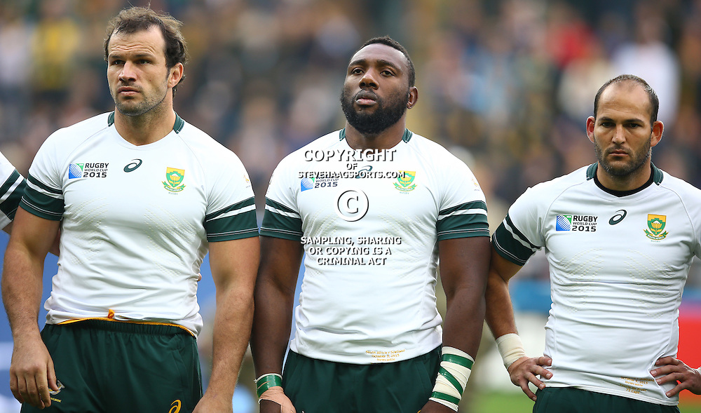 NEWCASTLE UPON TYNE, ENGLAND - OCTOBER 03: Bismarck du Plessis with Tendai Mtawarira and Fourie du Preez (captain) of South Africa during the Rugby World Cup 2015 Pool B match between South Africa and Scotland at St James Park on October 03, 2015 in Newcastle upon Tyne, England. (Photo by Steve Haag/Gallo Images)