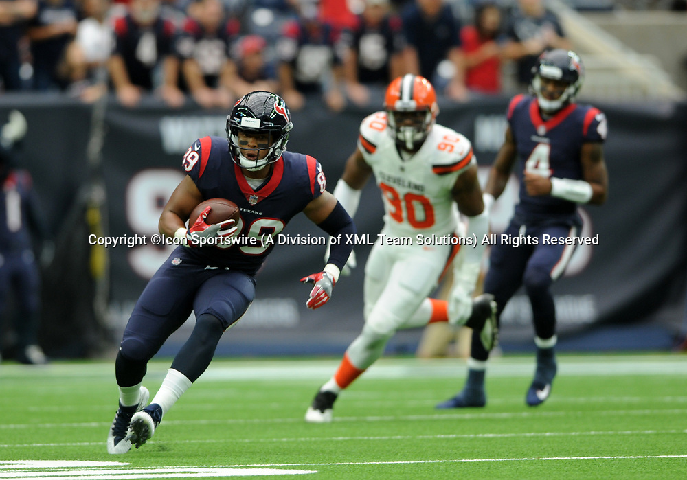 HOUSTON, TX - OCTOBER 15: Houston Texans WR Stephen Anderson (89) runs for yardage during the NFL game between the Houston Texans and the Cleveland Browns on October 15, 2017 at NRG Stadium in Houston, TX. (Photo by John Rivera/Icon Sportswire)
