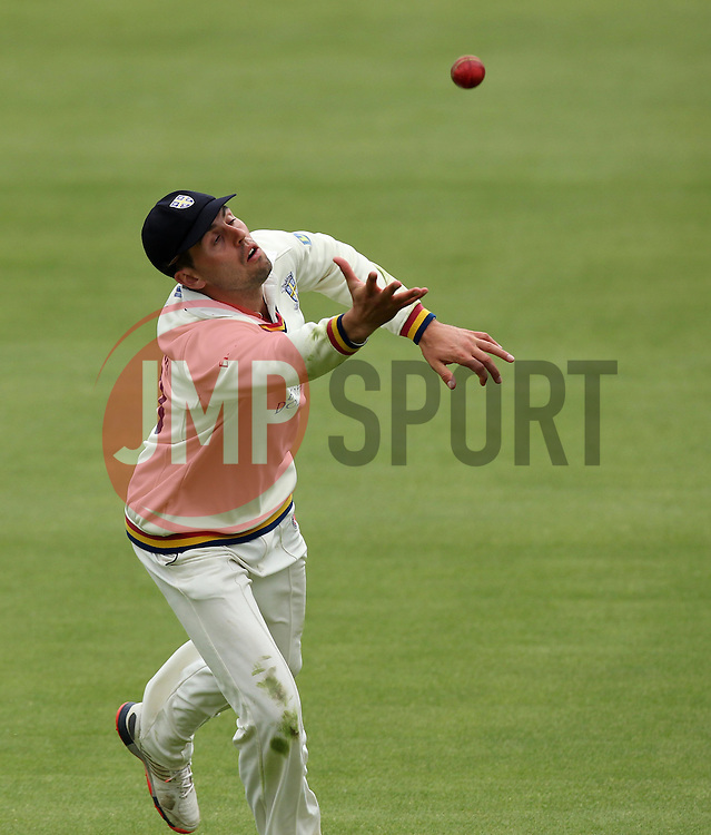 Durham's Chris Macleod attempts to catch the ball - Photo mandatory by-line: Robbie Stephenson/JMP - Mobile: 07966 386802 - 04/05/2015 - SPORT - Football - London - Lords  - Middlesex CCC v Durham CCC - County Championship Division One