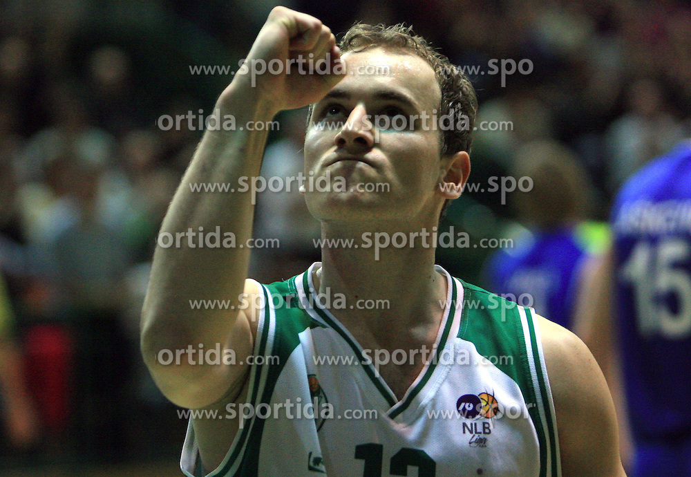 Bojan Krivec plays for his mom who died 3 years ago at UPC basketball league match between KK Krka and KK Helios Domzale, on April 4, 2009, in Hall Leon Stukelj, Novo mesto, Slovenia. (Photo by Vid Ponikvar / Sportida)