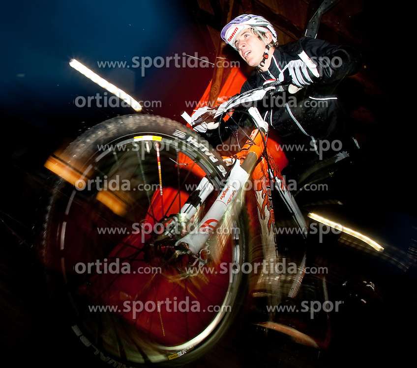05.08.2010, Geschäftszeile, Kaprun, AUT, Bike Infection 2010, XC Battle, im Bild #23, Ludwig Döhl, (GER, Bike Junior Team), EXPA Pictures © 2010, PhotoCredit: EXPA/ J. Feichter / SPORTIDA PHOTO AGENCY