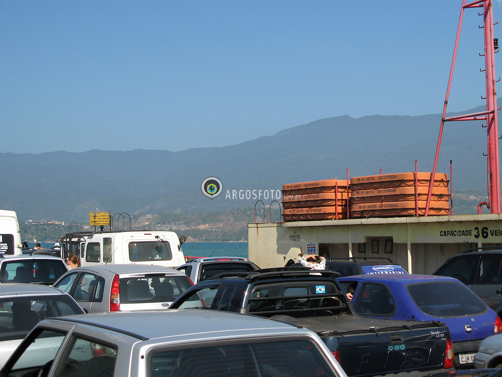 Travessia da Balsa de Ilhabela/Crossing the Ferry Boat Ilhabela.
