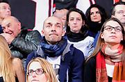 """DESCRIZIONE : Varese Campionato Lega A 2013-14 Cimberio Varese EA7 Olimpia Armani Milano <br /> GIOCATORE :  <br /> SQUADRA : Cimberio Varese<br /> EVENTO : Campionato Lega A 2013-14<br /> GARA :  Cimberio Varese EA7 Olimpia Armani Milano<br /> DATA : 27/01/2014<br /> CATEGORIA :  VIP Max Laudadio Inviato """"Striscia la Notizia""""<br /> SPORT : Pallacanestro<br /> AUTORE : Agenzia Ciamillo-Castoria/A.Giberti<br /> Galleria : Campionato Lega Basket A 2013-14<br /> Fotonotizia : Cimberio Varese EA7 Olimpia Armani Milano<br /> Predefinita :"""