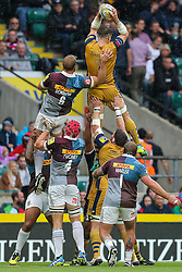 Jon Fisher of Bristol Rugby wins a lineout - Rogan Thomson/JMP - 03/09/2016 - RUGBY UNION - Twickenham Stadium - London, England - Harlequins v Bristol Rugby - Aviva Premiership London Double Header.