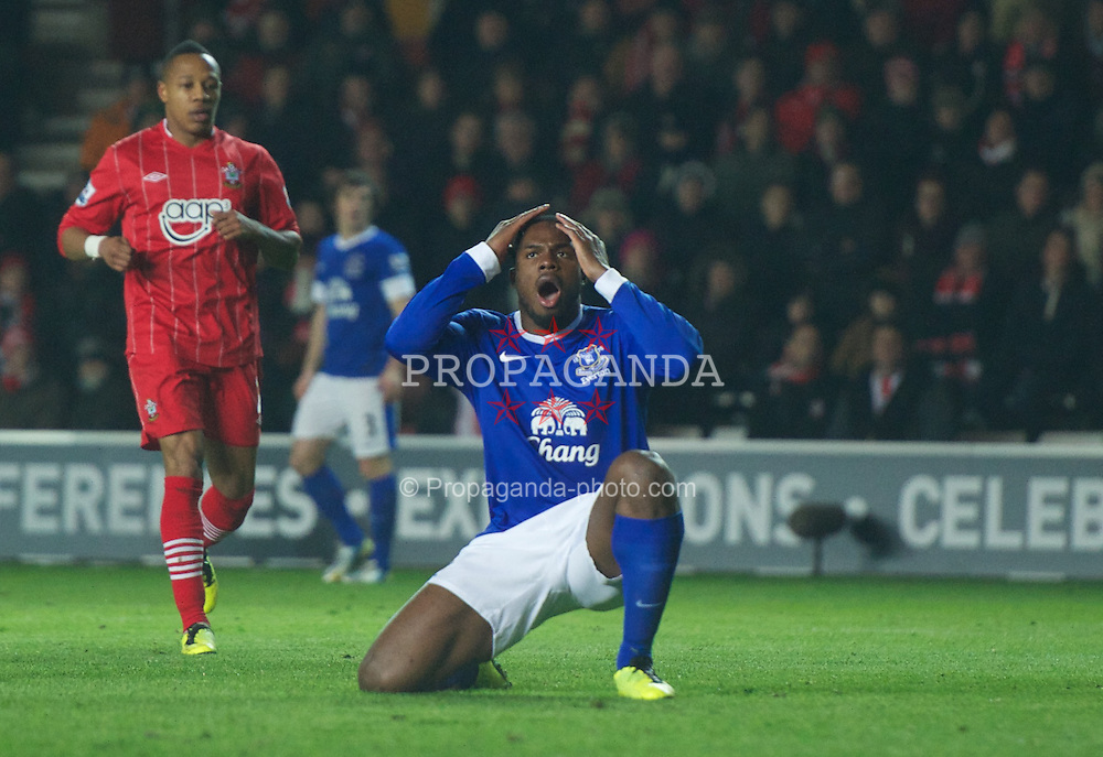 SOUTHAMPTON, ENGLAND - Monday, January 21, 2013: Everton's Victor Anichebe looks dejected after missing a chance against Southampton during the Premiership match at St. Mary's Stadium. (Pic by David Rawcliffe/Propaganda)